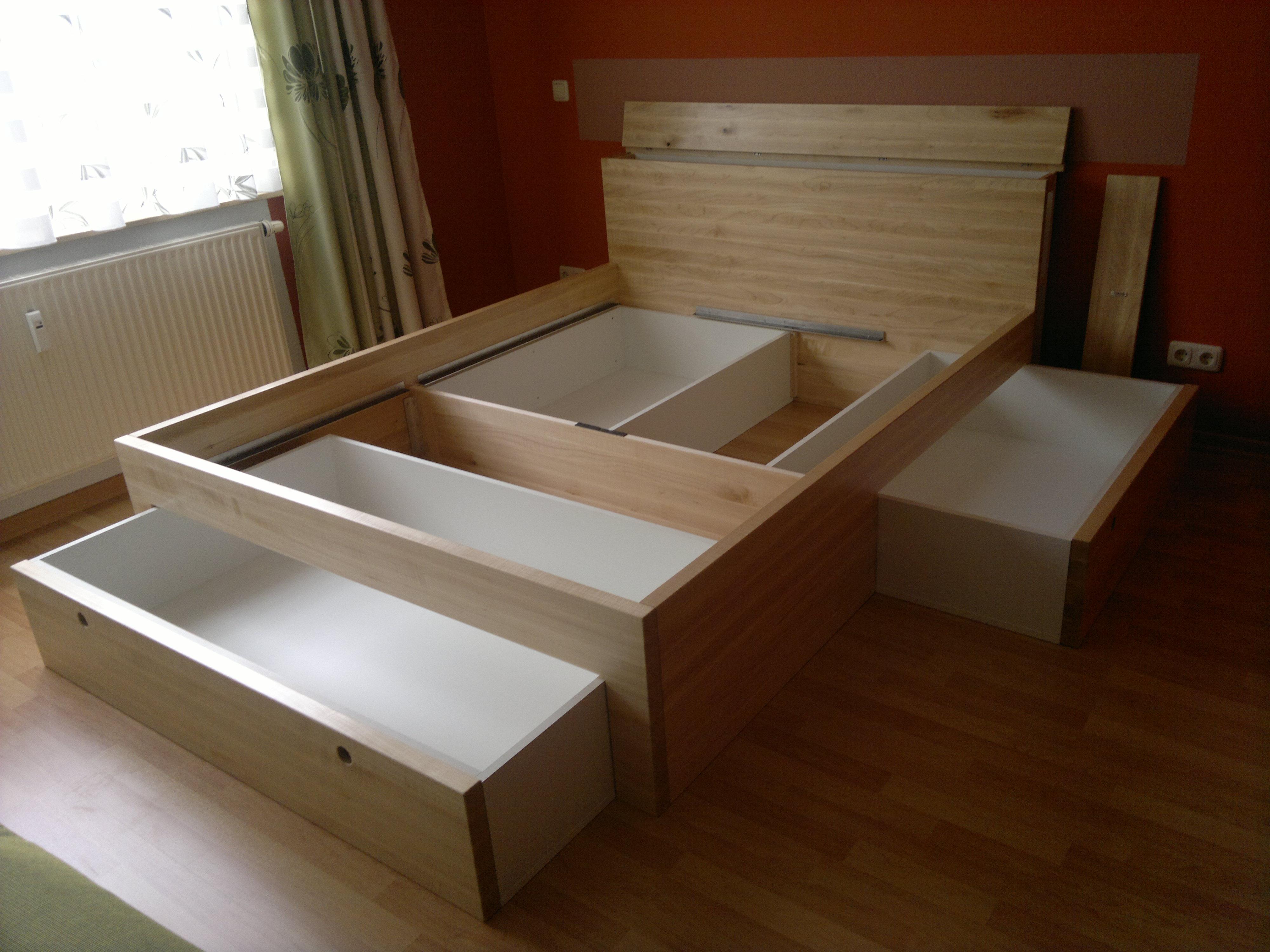 bett mit stauraum wohn design. Black Bedroom Furniture Sets. Home Design Ideas